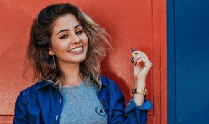 Veneers oder Bleaching: Die richtige Wahl für schöne Zähne | Zahnarzt Rottweil